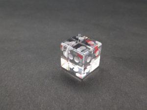 石英ガラスのサイコロ型ペンダントトップ/一の目♥(色付け)