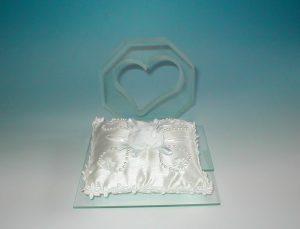 ガラス リングピロー置き台座 / ハート型